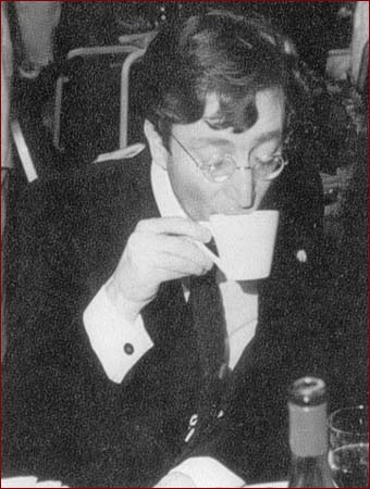 Drinking Coffee Eksewhere